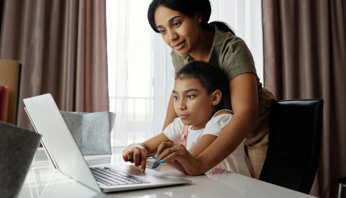 Protecting Your Kids Online: A Carte Blanche Follow Up